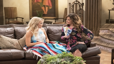 Young & Hungry 05x15 : Young & Mexico, Part 1- Seriesaddict